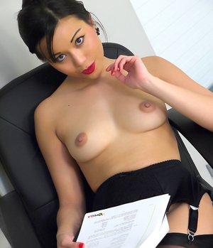 Oriental Milf Porn Pics