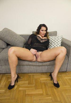 Fat Milf Porn Pics