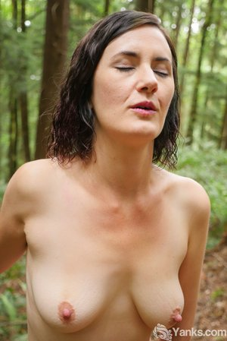 Big Nipples Porn Pics